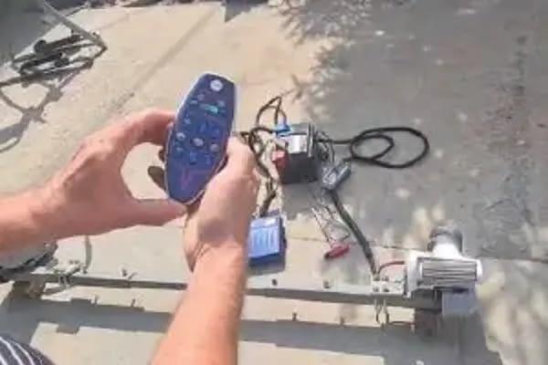 telecomanda mover